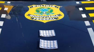 Em Canapi/AL, PRF flagra caminhoneiro com drogas para não dormir ao volante na BR - 423
