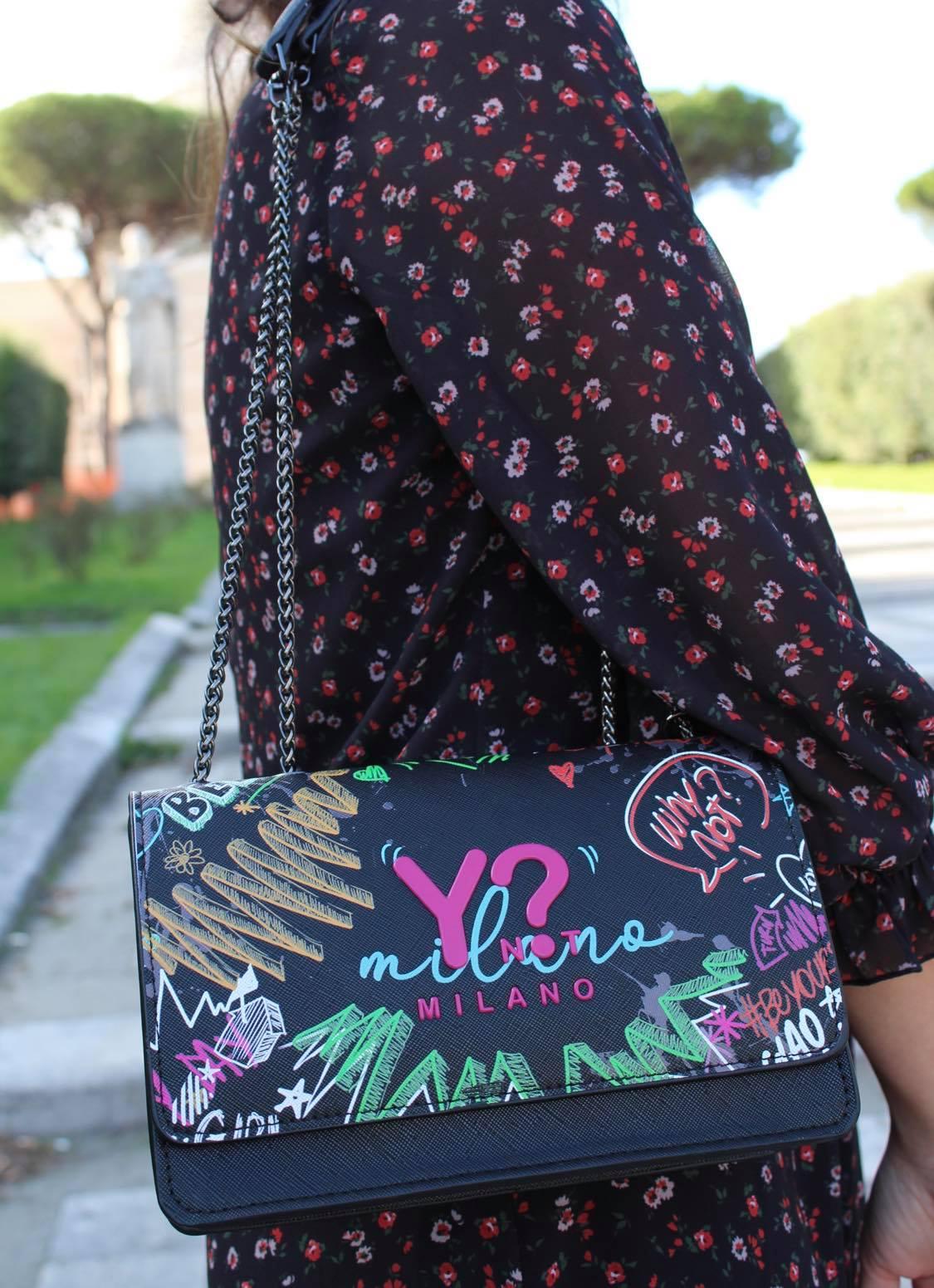 borsa con graffiti