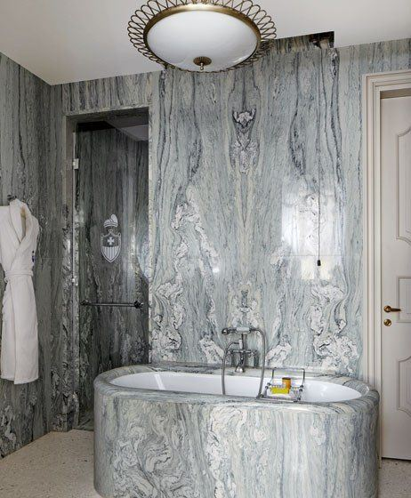 trendy marble bathroom design idea