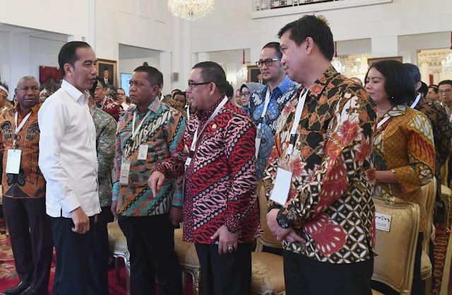 Jokowi Resmikan Palapa Ring. Wagub : Palapa Ring Indonesia Mampu Bersaing di Era Indsutri 4.0