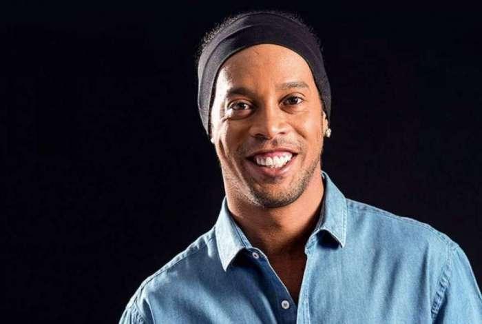 Ronaldinho Gaúcho vai se casar com duas mulheres