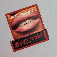 Review MAC Velvet Teddy Lipstick