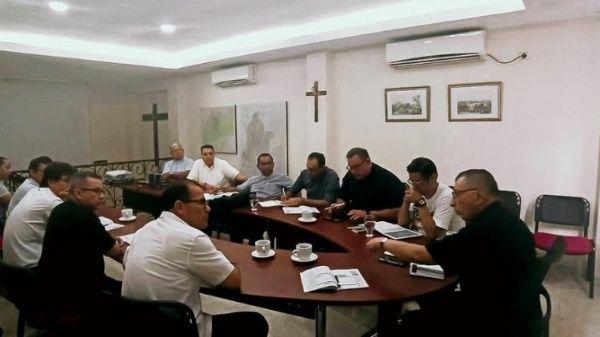 Suspenden a varios sacerdotes en Colombia por delitos sexuales