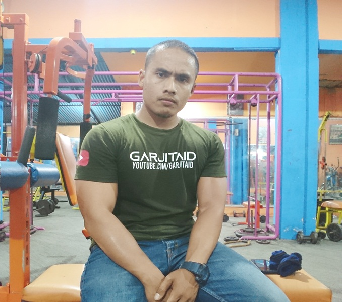 Berapa Kali Ngegym dalam Satu Minggu?, program latihan fitnes dalam seminggu  program latihan full body workout  jadwal latihan gym  hasil fitnes 1 bulan  arnold press  jadwal latihan fitnes dalam 1 minggu