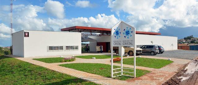Conheça o Mercado do Cristal em Cristalina Goiás Brasil