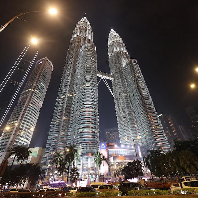 Twin Tower KLCC at night