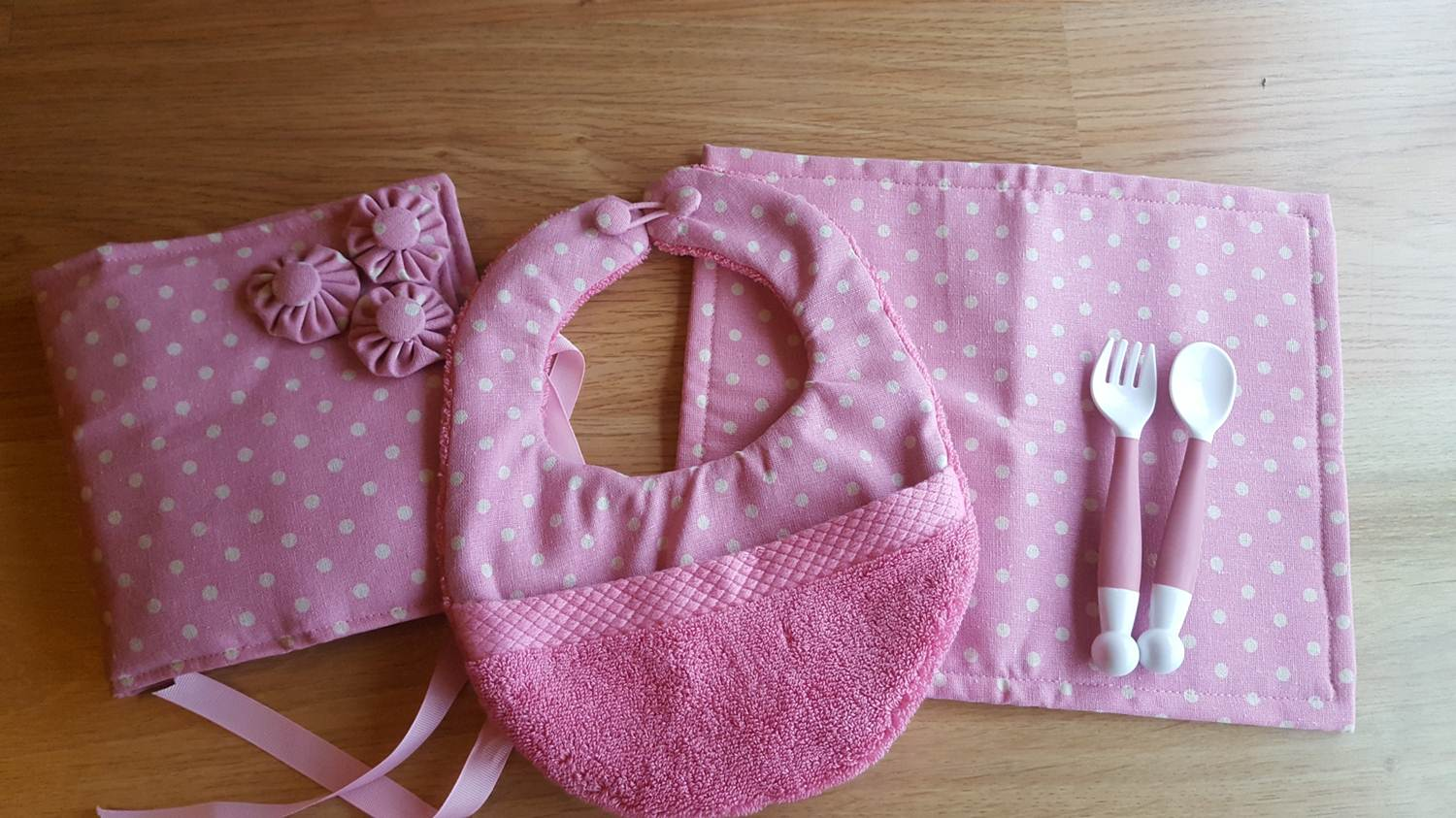 Diy Baby Bib With Pocket Tutorial And Pattern Keeping It Real