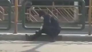 Mengerikan, Iran Mirip China Korban Corona Roboh di Jalanan