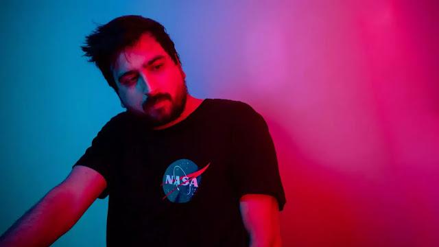 """Sonidos para viajar es la propuesta de Neon Night Rider en """"Delorean"""" musica chilena música chilena"""