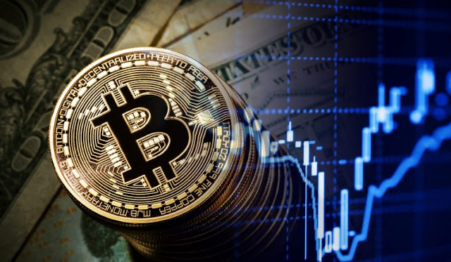 Bitcoin despenca 15%