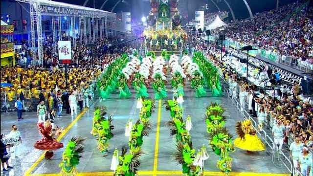 Carnaval começa hoje em São Paulo