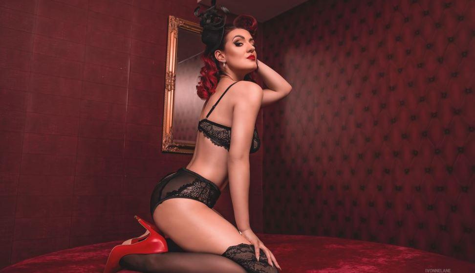 IvonneLane Model GlamourCams