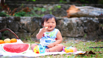child enjoy a wide variety of foods