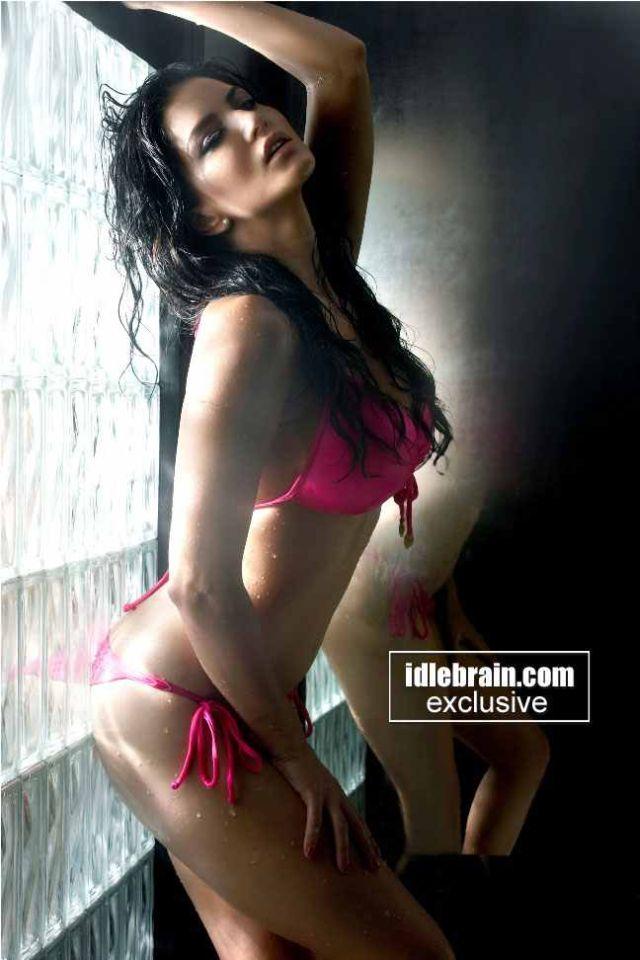 Sunny Leone Sexy Movie Short