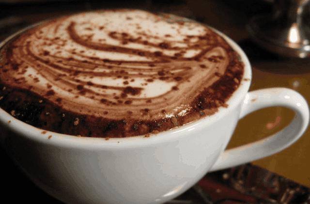 وصفة شوكولاتة حار بالكريمي / Creamy Hot Chocolate Recipe