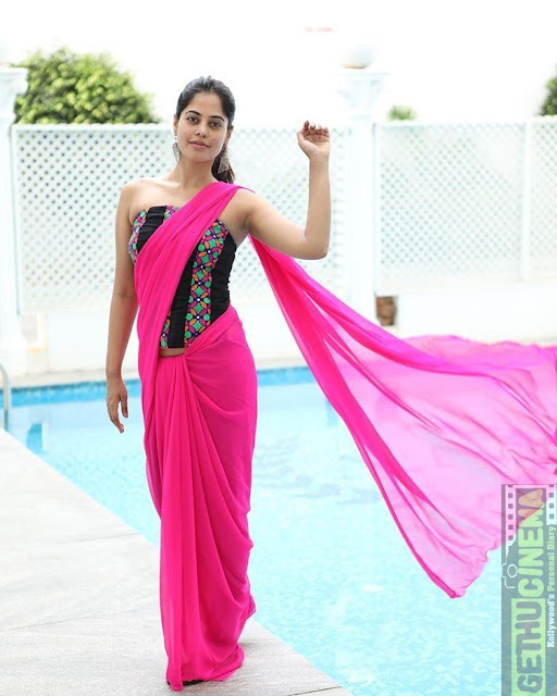 mallu-masala-actress-saree fashion shopping
