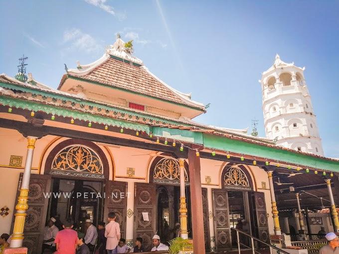 Solat Jumaat Di Masjid Tengkera, Melaka