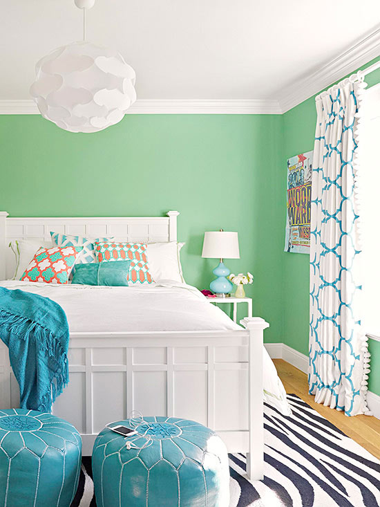 Paint colors for a cheerful minimalist bedroom