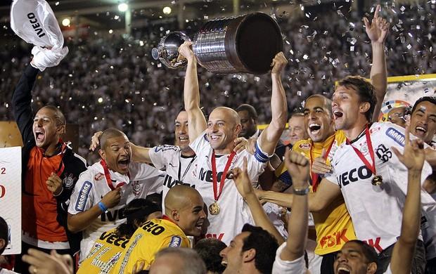 Libertadores 2012   Corinthians é Campeão Invicto