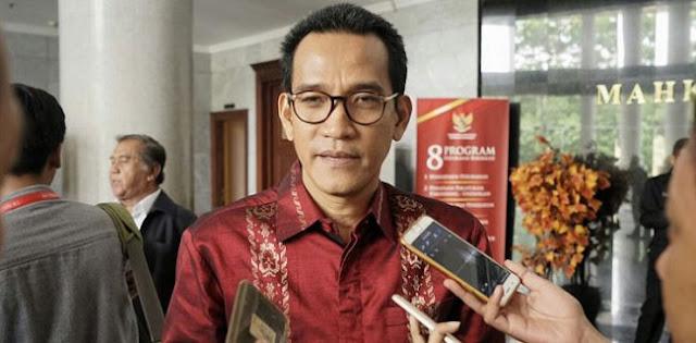 Refly Harun: Kegentingan Memaksa Terpenuhi Untuk Keluarkan Perppu KPK