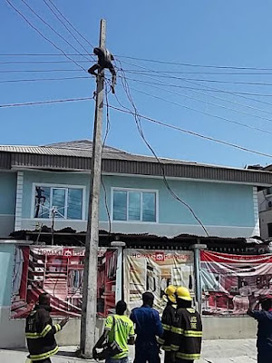 man who tried to commit suicide on electric pole in Lekki
