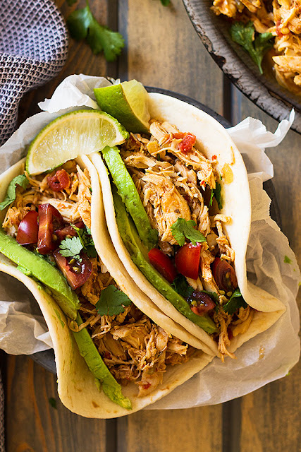 Slow Cooker Shredded Mexícan Chícken