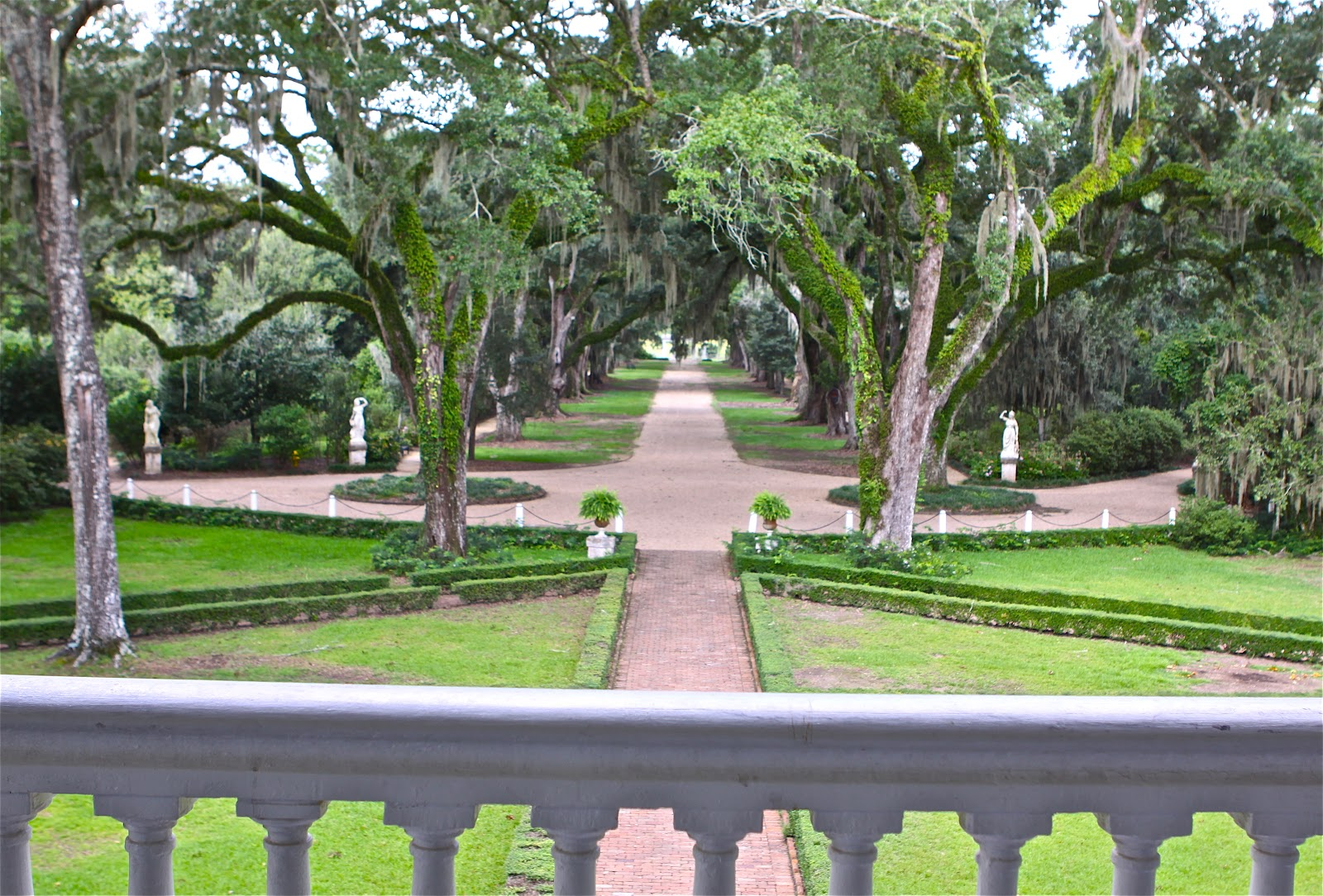 Sweet Southern Days Mississippi River Road The Myrtles