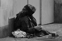 donna mendicante strada lebbrosi gesù gratitudine dio conversione incontro buona notizia
