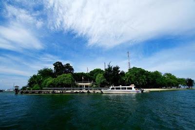 Eksotisme Objek Wisata Pulau Bidadari di Kepulauan Seribu