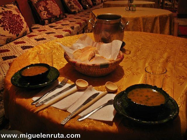 Tajin-lentejas-Marruecos