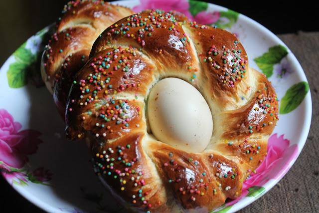 Easy Easter Sweet Bread Recipe
