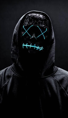 قناع اسود - شخصية سوداء اللون