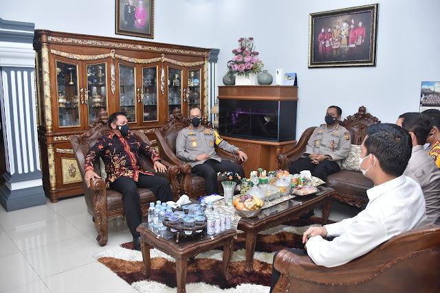 Jelang Hari Bhayangkara ke 75, Polda Jambi Melakukan Anjangsana ke rumah Purnawirawan Polri