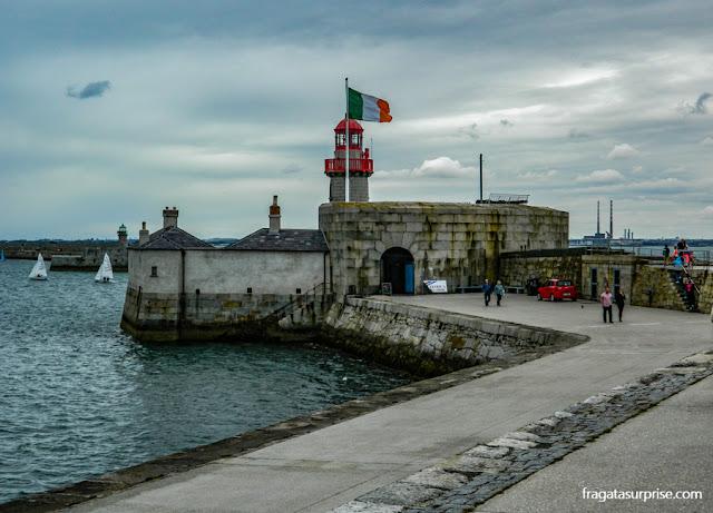 Farol de Dun Laoghaire, Irlanda