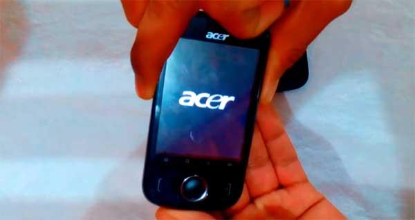 ACER E110 pantalla negra con letras blancas