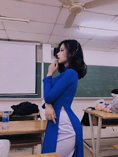 """Tân sinh viên được gắn mác """"cô giáo"""" chỉ sau một đêm"""