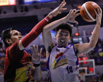 Ian Sangalang took over Marc Pingris' heart and soul role to help Magnolia copped game number 1