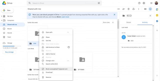"""يتفوق Google Drive في العديد من الأشياء والراحة من بينها الشيف. يعد تخزين الملفات ومزامنتها وتحريرها شخصيًا شيئًا واحدًا ، ولكن الكثير من القوة الحقيقية للنظام الأساسي تكمن في جوانبه التعاونية ، خاصة إذا كنت تستخدم بعض عروض Google المدفوعة ، مثل Workplace أو G Suite Business. على الرغم من كل هذه القوة ، كانت سياسة المشاركة في Google Drive دائمًا ليبرالية إلى حد ما من حيث عدم وجود قيود أو طبقة ثانية من التأكيد لمشاركة شيء ما مع شخص آخر. كل ما عليك فعله هو إدخال gmail صالح في واجهة المشاركة وسيظهر هذا المورد في قسم """"تمت مشاركتها معي"""" للمستخدم الآخر. وبطبيعة الحال ، يتيح ذلك المحتوى غير المرغوب فيه والمحتويات المسيئة الأخرى. المحتوى الذي يمكنك بالفعل الضغط على """"إزالة"""" لتشغيله ، ولكن لا يزال من الممكن أن يظهر مرة أخرى في بعض الأحيان في أماكن أخرى ، مثل أثناء البحث. إنه ليس إعدادًا رائعًا.  يمكنك الآن حظر المستخدمين الآخرين على Google Drive حسنًا ، في مايو الماضي ، أعلنت Google عن عنوانها مجموعة من التحديثات لـ """"تسليح مستخدمي Google Workspace والمسؤولين بقدرات متقدمة لمكافحة إساءة الاستخدام وتحليل التهديدات"""". إحدى هذه الميزات هي القدرة على حظر مستخدم Google Drive آخر. الآن بدأت الميزة رسميًا في البذر ولحسن الحظ ، فهي لا تقتصر فقط على الدفع لعملاء Google. الحسابات الشخصية المجانية تحصل عليه أيضًا.  يمكنك الآن حظر المستخدمين الآخرين على Google Drive لحظر مستخدم آخر ، ما عليك سوى النقر بزر الماوس الأيمن على بعض المحتوى غير المرغوب فيه ، الذي يشاركه المستخدم المذكور ثم الضغط على خيار """"الحظر"""". سيؤدي هذا إلى ثلاثة أشياء:  منع مستخدم آخر من مشاركة أي محتوى معك في المستقبل. يمكن أن يكون هذا عنصر تحكم مفيدًا ، على سبيل المثال ، إذا كان لدى مستخدم آخر سجل في إرسال بريد عشوائي أو محتوى مسيء. قم بإزالة كافة الملفات والمجلدات الموجودة التي شاركها مستخدم آخر. هذه طريقة سهلة للتخلص من جميع الرسائل غير المرغوب فيها أو المحتوى المسيء الذي تمت مشاركته من مستخدم معين في وقت واحد. قم بإزالة وصول شخص آخر إلى المحتوى الخاص بك ، حتى إذا سبق لك مشاركته معهم. أنيق جدًا ، على الرغم من أنه تجدر الإشارة إلى أن حظر حساب Google معين على Drive قد يؤدي أيضًا إلى حظره على خدمات Google الأخرى بطريقة أو ب"""