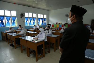 Gubernur Riau: Tidak Ada Paksaan Bagi Orang Tua untuk Laksanakan Sekolah Tatap Muka