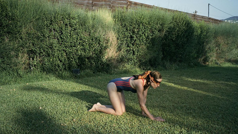 Fotograma: Canino (2009)