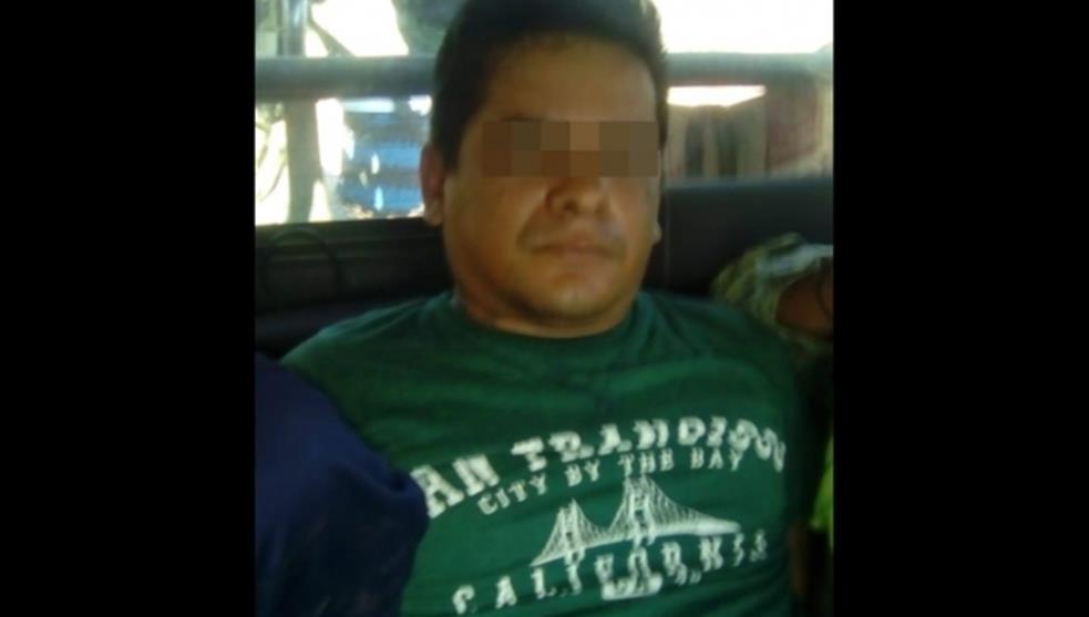"""""""El Payaso"""": de cirquero a Sicario de """"El Mencho"""", presumía fotos en una carpa, después con sus armas chapeadas en Oro"""