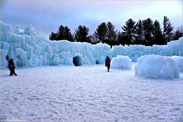 Ice Castles, New Hampshire