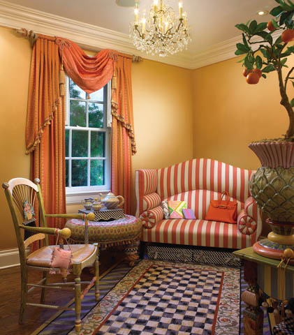 Palm Beach Chic Meets Pure Elegance In The Pink Palace