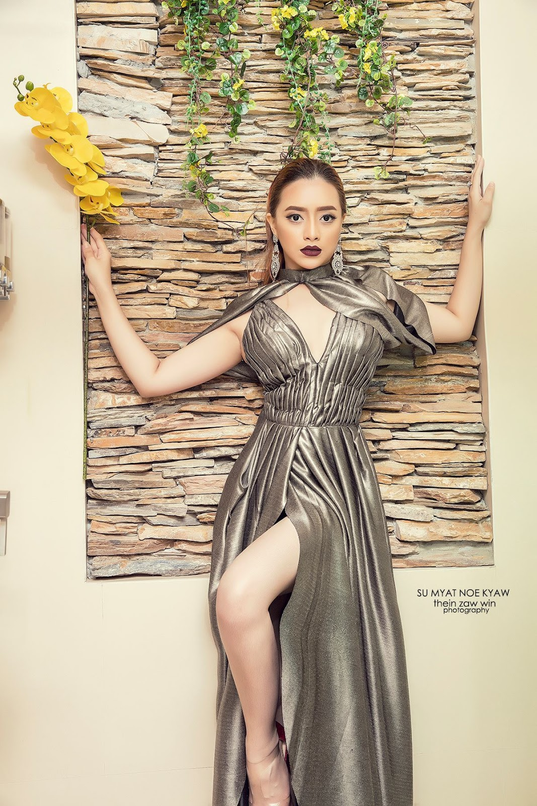 Su Myat Noe Kyaw In Bath Tab Fashion Photoshoot