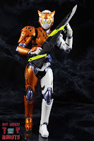 S.H. Figuarts Kamen Rider Valkyrie Rushing Cheetah 31S.H. Figuarts Kamen Rider Valkyrie Rushing Cheetah 36