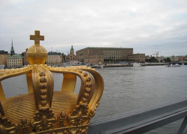Stockholm - Blick auf Gamla Stan und das Schloss von Skeppsholmen aus