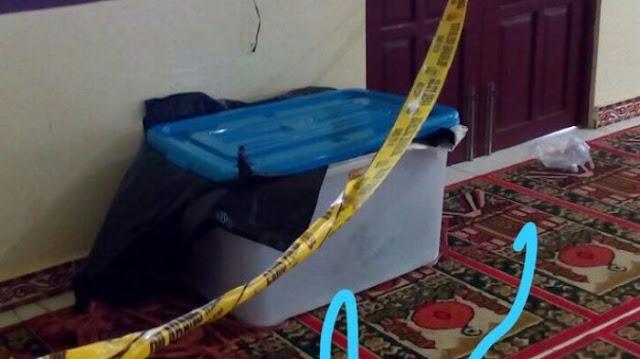 Mengejutkan, Warga Temukan Mayat Ditaruh di Dalam Box Plastik dan Ditinggalkan di Mushala