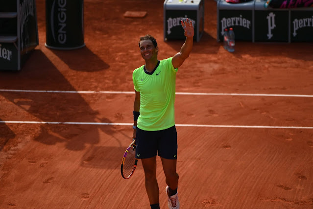 Rafael Nadal perde seu primeiro set depois de dois anos mas está na semi de Roland Garros