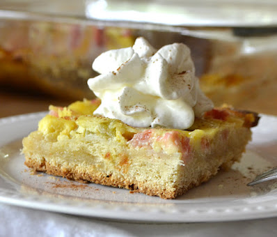 Rhubarb kuchen cake.