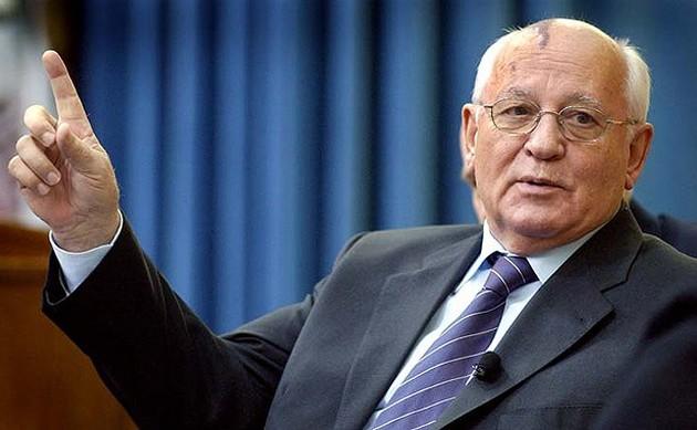 Προειδοποίηση από Γκορμπατσόφ: «Φαίνεται σαν ο κόσμος να προετοιμάζεται για πόλεμο»